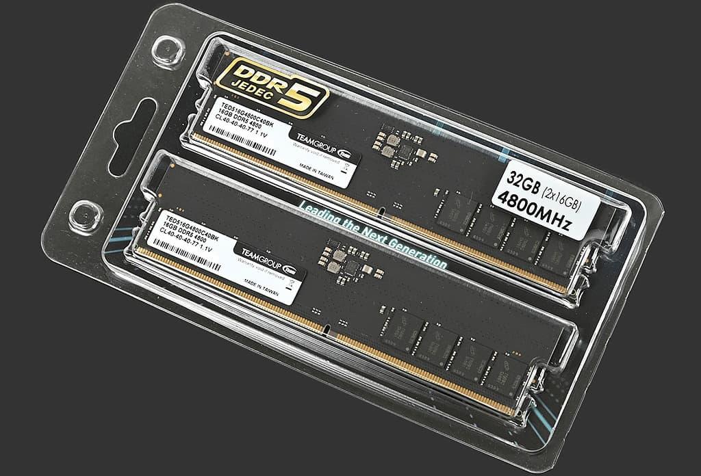 Team DDR5-4800 16 x2モジュール TED532G4800C4DC01